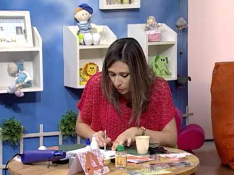 Tarjeta de scrapbook con diferentes técnicas combinadas
