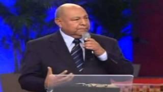 Tema: 7 – Viernes 9 de noviembre 2012 – La Gran Esperanza – Pr. Alejandro Bullón
