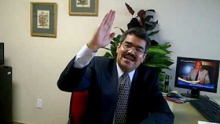 Leccion 7 – Por Espejo, Oscuramente, por Marlon Garcia